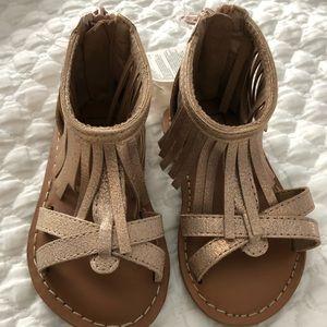 Gap toddler girls Rose gold fringe sandals, size 5